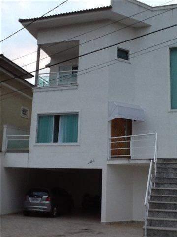 Sobrado à venda em Arujá, 4 dorms, 2 suítes, 4 wcs, 4 vagas, 250 m2 úteis
