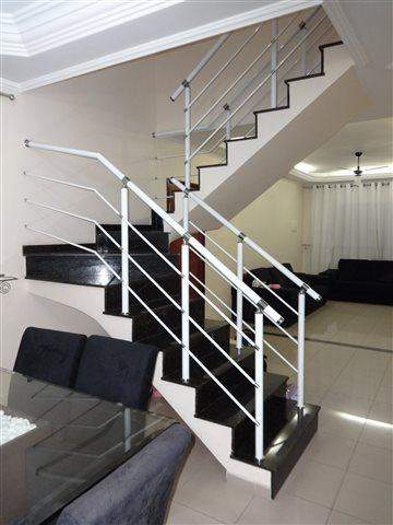 Sobrado à venda em Guarulhos (Jd V Galvão), 3 dormitórios, 3 suites, 4 banheiros, 3 vagas, 160 m2 de área útil, código 29-579 (foto 6/17)