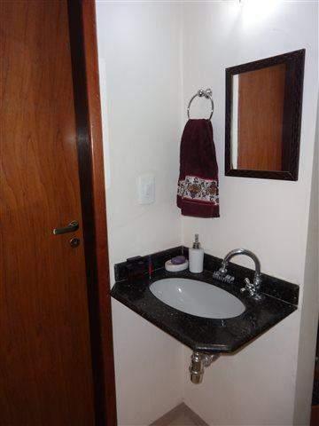 Sobrado à venda em Guarulhos (Jd V Galvão), 3 dormitórios, 3 suites, 4 banheiros, 3 vagas, 160 m2 de área útil, código 29-579 (foto 8/17)