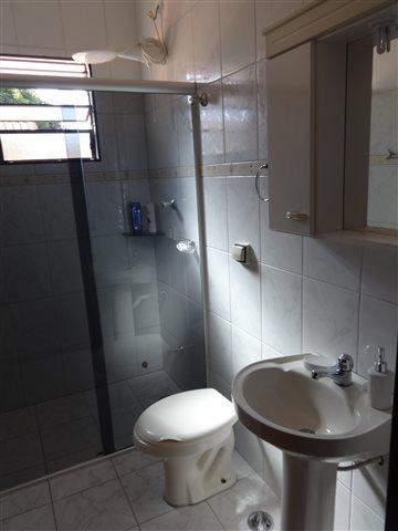 Sobrado à venda em Guarulhos (Jd V Galvão), 3 dormitórios, 3 suites, 4 banheiros, 3 vagas, 160 m2 de área útil, código 29-579 (foto 12/17)