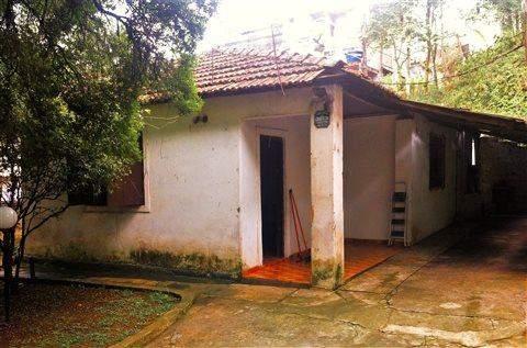 Casa à venda em Guarulhos (Recreio São Jorge), 2 dormitórios, 2 banheiros, 7 vagas, 2.000 m2 de área total, código 29-680 (foto 2/10)