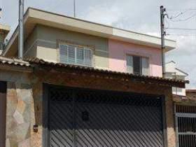 Sobrado à venda em Guarulhos, 3 dorms, 3 suítes, 5 wcs, 6 vagas, 175 m2 úteis