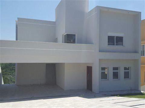 Mansão em condomínio à venda em Arujá, 3 dorms, 3 suítes, 5 wcs, 4 vagas, 300 m2 úteis