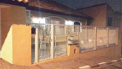 Casa à venda em Guarulhos, 4 dorms, 2 suítes, 3 wcs, 6 vagas, 425 m2 úteis