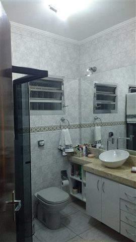 Casa à venda em Guarulhos (Jd Tijuco - Gopouva), 4 dormitórios, 2 suites, 3 banheiros, 6 vagas, 425 m2 de área útil, código 29-776 (foto 9/12)