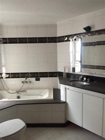 Apartamento à venda em Guarulhos (Jd Maia), 4 dormitórios, 3 suites, 5 banheiros, 4 vagas, 250 m2 de área útil, código 29-844 (foto 7/20)