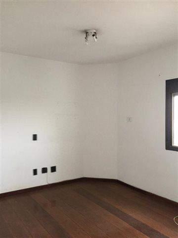 Apartamento à venda em Guarulhos (Jd Maia), 4 dormitórios, 3 suites, 5 banheiros, 4 vagas, 250 m2 de área útil, código 29-844 (foto 10/20)