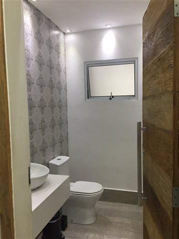Sobrado à venda em Guarulhos (Pq Continental I), 3 dormitórios, 3 suites, 4 banheiros, 4 vagas, 250 m2 de área útil, código 29-869 (foto 6/23)