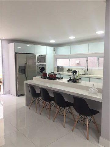 Sobrado à venda em Guarulhos (Pq Continental I), 3 dormitórios, 3 suites, 4 banheiros, 4 vagas, 250 m2 de área útil, código 29-869 (foto 9/23)