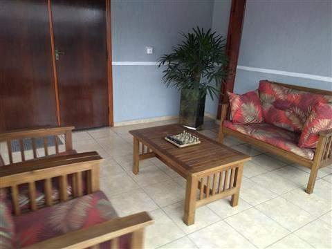 Sobrado à venda em Guarulhos (Macedo), 3 dormitórios, 1 suite, 4 banheiros, 2 vagas, 298 m2 de área útil, código 29-918 (foto 2/16)