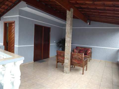Sobrado à venda em Guarulhos (Macedo), 3 dormitórios, 1 suite, 4 banheiros, 2 vagas, 298 m2 de área útil, código 29-918 (foto 3/16)