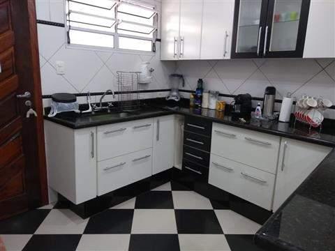 Sobrado à venda em Guarulhos (Macedo), 3 dormitórios, 1 suite, 4 banheiros, 2 vagas, 298 m2 de área útil, código 29-918 (foto 8/16)