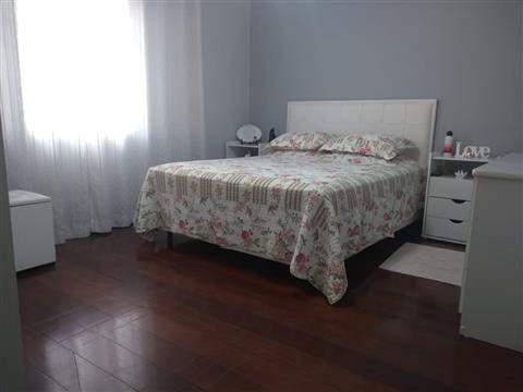 Sobrado à venda em Guarulhos (Macedo), 3 dormitórios, 1 suite, 4 banheiros, 2 vagas, 298 m2 de área útil, código 29-918 (foto 15/16)