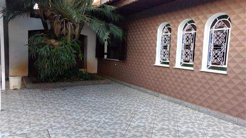 Casa em Guarulhos (Jd Rosa de França - Picanço), 3 dormitórios, 1 suite, 5 banheiros, 10 vagas, 200 m2 de área útil, código 29-933 (foto 2/30)