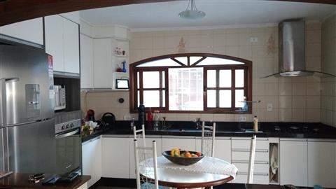 Casa em Guarulhos (Jd Rosa de França - Picanço), 3 dormitórios, 1 suite, 5 banheiros, 10 vagas, 200 m2 de área útil, código 29-933 (foto 12/30)