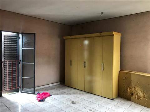 Sobrado à venda em Guarulhos (Pq Continental II), 2 dormitórios, 2 banheiros, 3 vagas, 150 m2 de área útil, código 29-946 (foto 2/5)