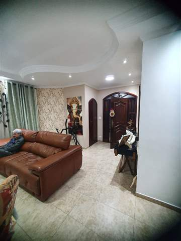 Casa à venda em Guarulhos (Pq Continental I), 3 dormitórios, 1 suite, 4 banheiros, 5 vagas, 350 m2 de área útil, código 29-979 (foto 3/10)