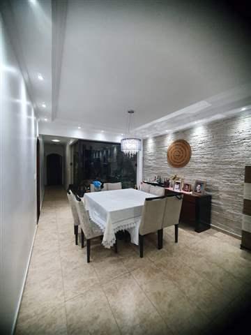 Casa à venda em Guarulhos (Pq Continental I), 3 dormitórios, 1 suite, 4 banheiros, 5 vagas, 350 m2 de área útil, código 29-979 (foto 4/10)