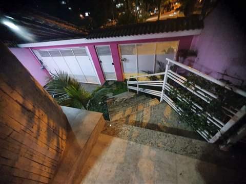 Casa à venda em Guarulhos (Pq Continental I), 3 dormitórios, 1 suite, 4 banheiros, 5 vagas, 350 m2 de área útil, código 29-979 (foto 9/10)