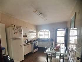 Sobrado à venda em Guarulhos, 2 dorms, 2 suítes, 3 wcs, 1 vaga, 90 m2 úteis