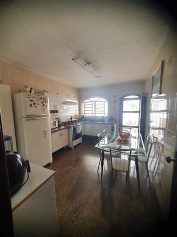 Sobrado à venda em Guarulhos (Jd V Galvão), 2 dormitórios, 2 suites, 3 banheiros, 1 vaga, 90 m2 de área útil, código 29-990 (foto 1/11)