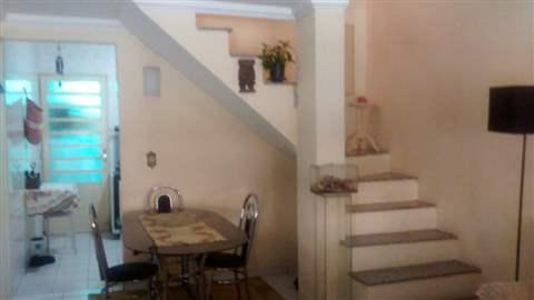Sobrado à venda em Guarulhos (Jd Adriana), 2 dormitórios, 2 banheiros, 2 vagas, 100 m2 de área útil, código 29-1004 (foto 2/9)
