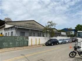 Galpão à venda em Guarulhos, 3000 m2 úteis