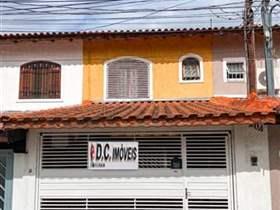 Sobrado à venda em Guarulhos, 3 dorms, 1 suíte, 1 wc, 2 vagas