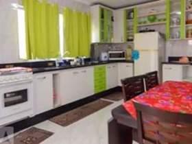 Casa 2 dorms, 1 suíte, 2 wcs, 2 vagas, 293 m2 (total)