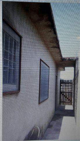 Casa à venda em Mongaguá (Mongaguá), 1 dormitório, 1 banheiro, 1 vaga, código 36-567 (foto 13/14)
