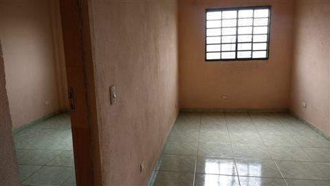 Casa à venda em Guarulhos (Jd Normandia - Pimentas), 5 dormitórios, 4 banheiros, 3 vagas, 250 m2 de área útil, código 36-594 (foto 3/34)