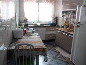Sobrado à venda em Guarulhos, 2 dorms, 2 wcs, 42 m2 úteis