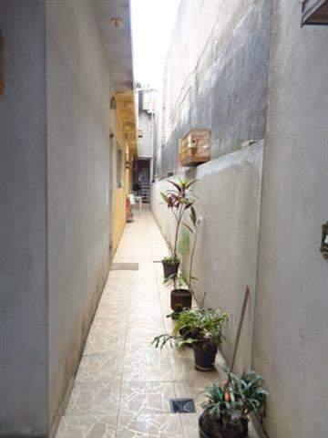 Sobrado à venda em Guarulhos (V Nova Bonsucesso), 2 dormitórios, 1 banheiro, 2 vagas, 133 m2 de área útil, código 181-702 (foto 3/13)