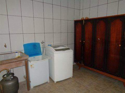 Sobrado à venda em Guarulhos (V Nova Bonsucesso), 2 dormitórios, 1 banheiro, 2 vagas, 133 m2 de área útil, código 181-702 (foto 4/13)