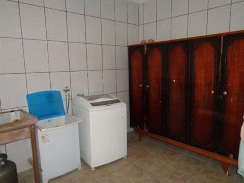 Sobrado à venda em Guarulhos (V Nova Bonsucesso), 2 dormitórios, 1 banheiro, 2 vagas, 133 m2 de área útil, código 181-702 (foto 5/13)