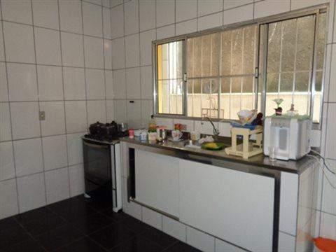 Sobrado à venda em Guarulhos (V Nova Bonsucesso), 2 dormitórios, 1 banheiro, 2 vagas, 133 m2 de área útil, código 181-702 (foto 9/13)