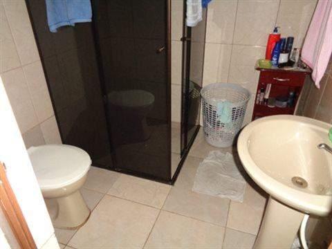 Sobrado à venda em Guarulhos (V Nova Bonsucesso), 2 dormitórios, 1 banheiro, 2 vagas, 133 m2 de área útil, código 181-702 (foto 11/13)