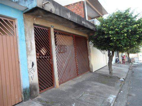 Sobrado à venda em Guarulhos (V Carmela I - Bonsucesso), 3 dormitórios, 2 banheiros, 2 vagas, 90 m2 de área útil, código 181-1122 (foto 2/28)