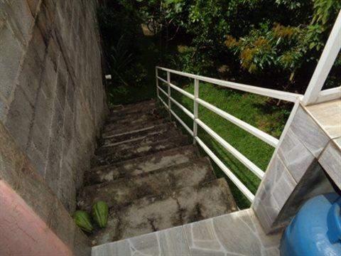 Casa à venda em Guarulhos (V Nova Bonsucesso), 3 dormitórios, 1 suite, 2 banheiros, 2 vagas, 129 m2 de área útil, código 181-1123 (foto 8/40)