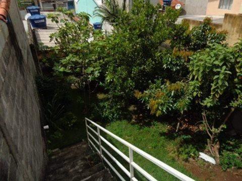 Casa à venda em Guarulhos (V Nova Bonsucesso), 3 dormitórios, 1 suite, 2 banheiros, 2 vagas, 129 m2 de área útil, código 181-1123 (foto 9/40)
