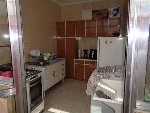 Casa à venda em Guarulhos (V Nova Bonsucesso), 3 dormitórios, 1 suite, 2 banheiros, 2 vagas, 129 m2 de área útil, código 181-1123 (foto 12/40)