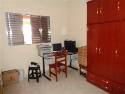 Casa à venda em Guarulhos (V Nova Bonsucesso), 3 dormitórios, 1 suite, 2 banheiros, 2 vagas, 129 m2 de área útil, código 181-1123 (foto 15/40)