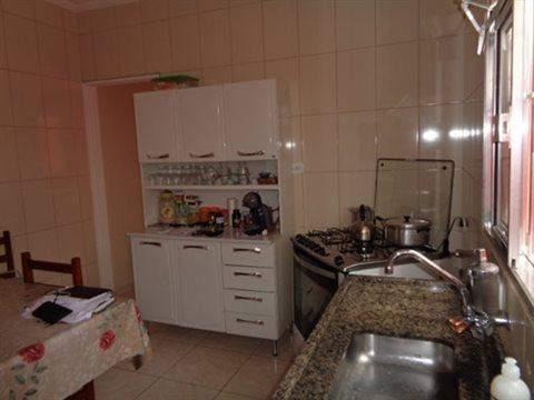 Casa à venda em Guarulhos (V Nova Bonsucesso), 3 dormitórios, 1 suite, 2 banheiros, 2 vagas, 129 m2 de área útil, código 181-1123 (foto 30/40)