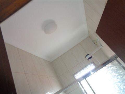 Casa à venda em Guarulhos (V Nova Bonsucesso), 3 dormitórios, 1 suite, 2 banheiros, 2 vagas, 129 m2 de área útil, código 181-1123 (foto 32/40)