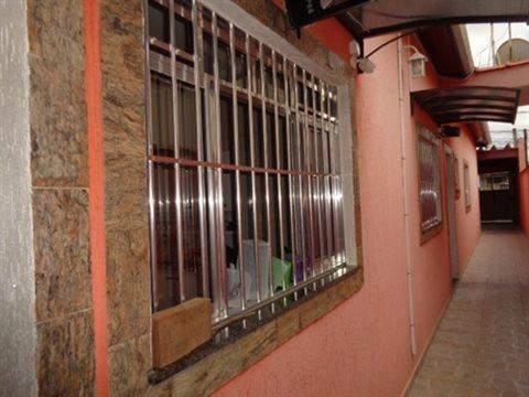 Casa à venda em Guarulhos (V Nova Bonsucesso), 3 dormitórios, 1 suite, 2 banheiros, 2 vagas, 129 m2 de área útil, código 181-1123 (foto 39/40)