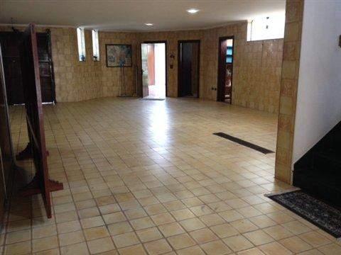 Sobrado à venda em Guarulhos (V São Judas Tadeu - Torres Tibagy), 4 dormitórios, 3 suites, 5 banheiros, 8 vagas, 530 m2 de área útil, código 284-1 (foto 12/23)