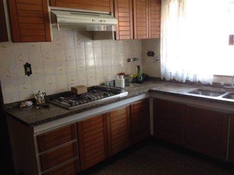 Sobrado à venda em Guarulhos (V São Judas Tadeu - Torres Tibagy), 4 dormitórios, 3 suites, 5 banheiros, 8 vagas, 530 m2 de área útil, código 284-1 (foto 21/23)
