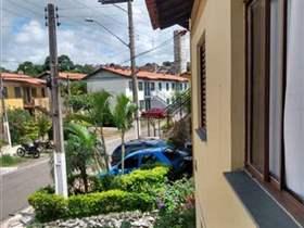 Assobradada à venda em Guarulhos, 2 dorms, 1 wc, 1 vaga