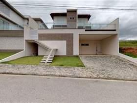 Sobrado em condomínio, 5 dorms, 3 suítes, 4 wcs, 2 vagas, 405 m2 úteis