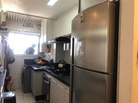 Apartamento em Guarulhos (Pq Cecap), 3 dormitórios, 1 suite, 2 banheiros, 2 vagas, 63 m2 de área útil, código 312-1 (foto 2/12)